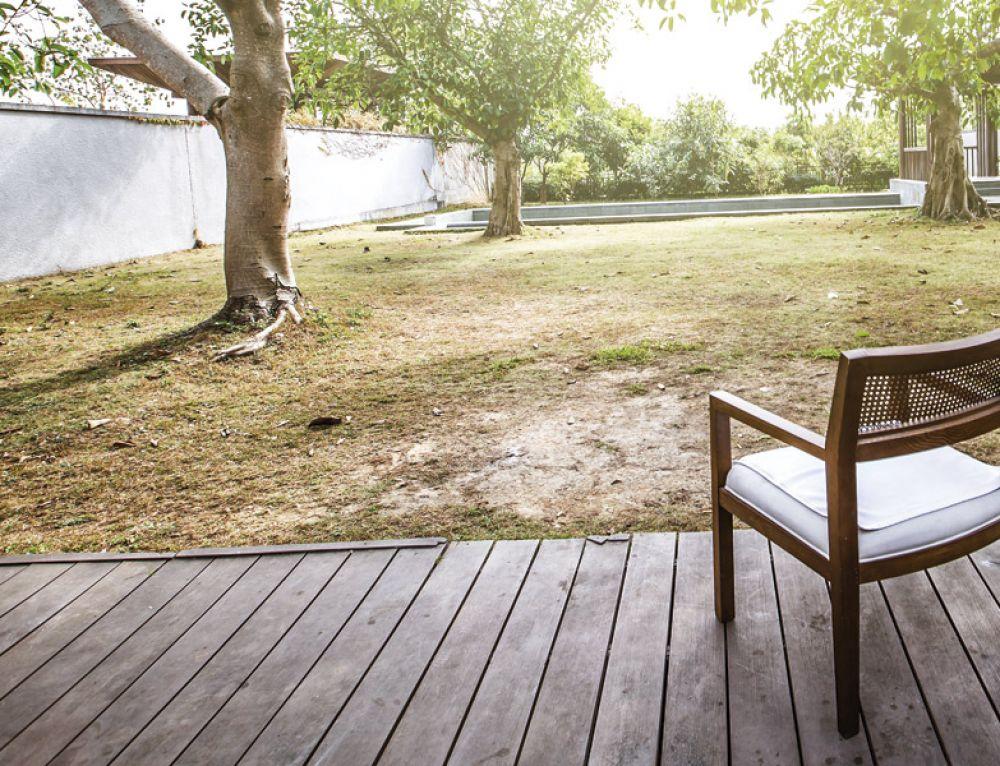 BARNIZ YATES AQ: Altas prestaciones en madera
